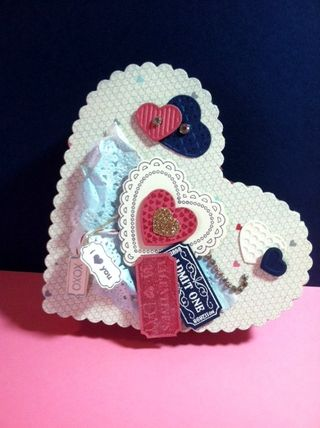 Valentine heart box 010